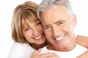 dentists-bee-cave-smiling-older-couple